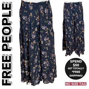FREE PEOPLE Floral Print Capri Pants (NO SIZE TAG)